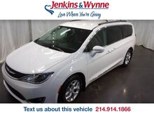 2017_Chrysler_Pacifica_Touring-L_ Clarksville TN