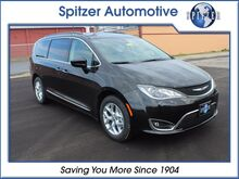2017_Chrysler_Pacifica_Touring L_ Mansfield OH