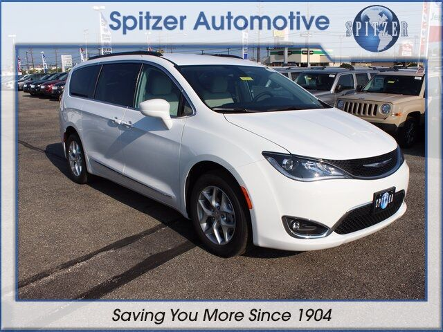 2017 Chrysler Pacifica Touring L Mansfield OH