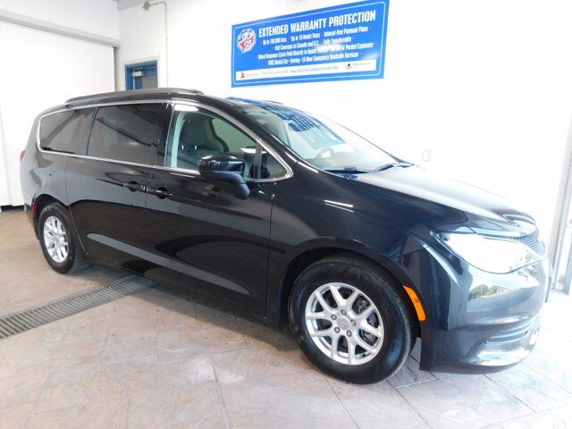 2017 Chrysler Pacifica Touring Listowel ON