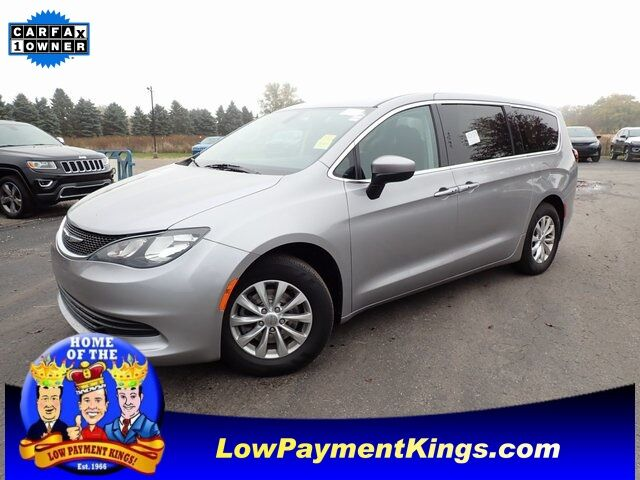 2017 Chrysler Pacifica Touring Monroe MI