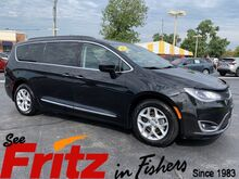 2017_Chrysler_Pacifica_Touring Plus_ Fishers IN