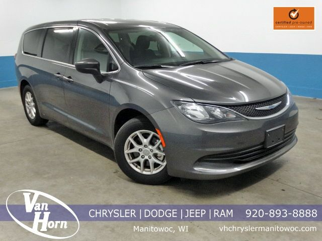 2017 Chrysler Pacifica Touring Plymouth WI