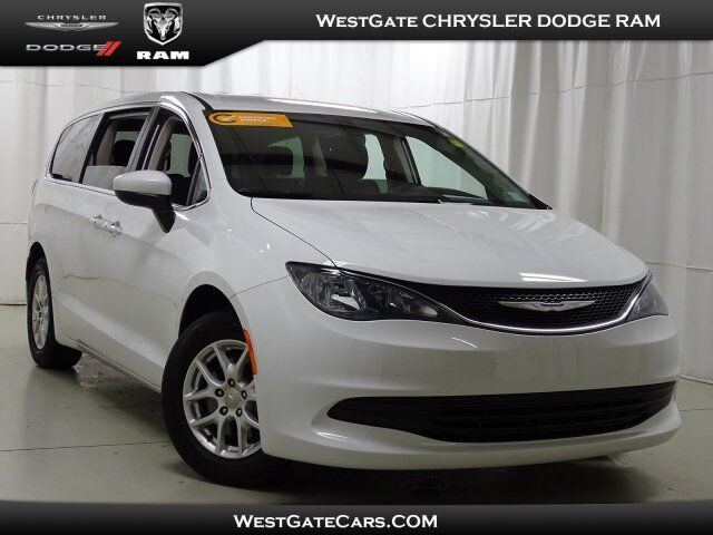 2017 Chrysler Pacifica Touring Raleigh NC