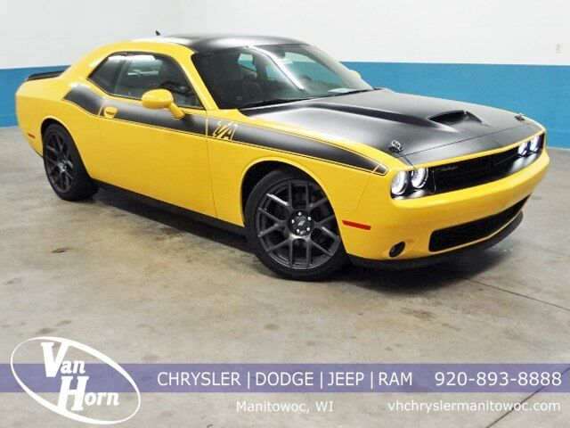 2017 Dodge Challenger R/T Plymouth WI