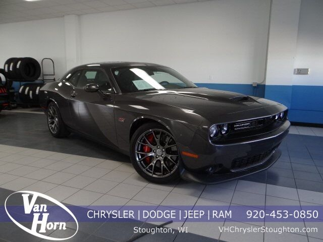2017 Dodge Challenger SRT Plymouth WI
