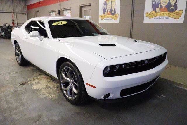 2017 Dodge Challenger SXT PLUS Lake Wales FL