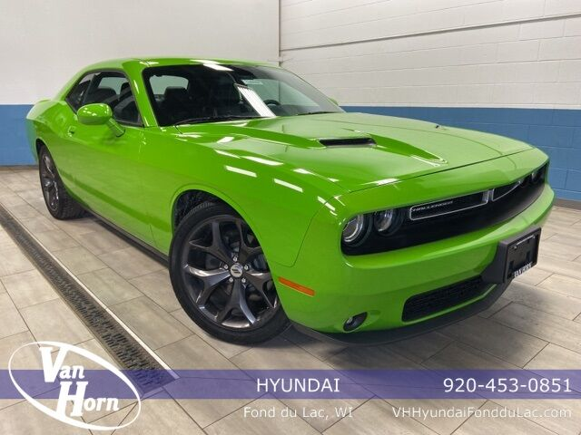 2017 Dodge Challenger SXT Plymouth WI