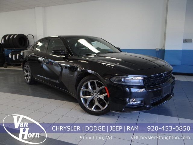 2017 Dodge Charger R/T Stoughton WI