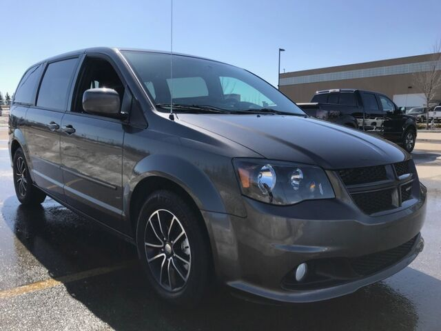 2017 Dodge Grand Caravan GT 3.6L V6 ~ Heated Leather ~ Heated Wheel ~ Power Doors ~ Financing Low as $199 B/W  888-299-8130 Sherwood Park AB