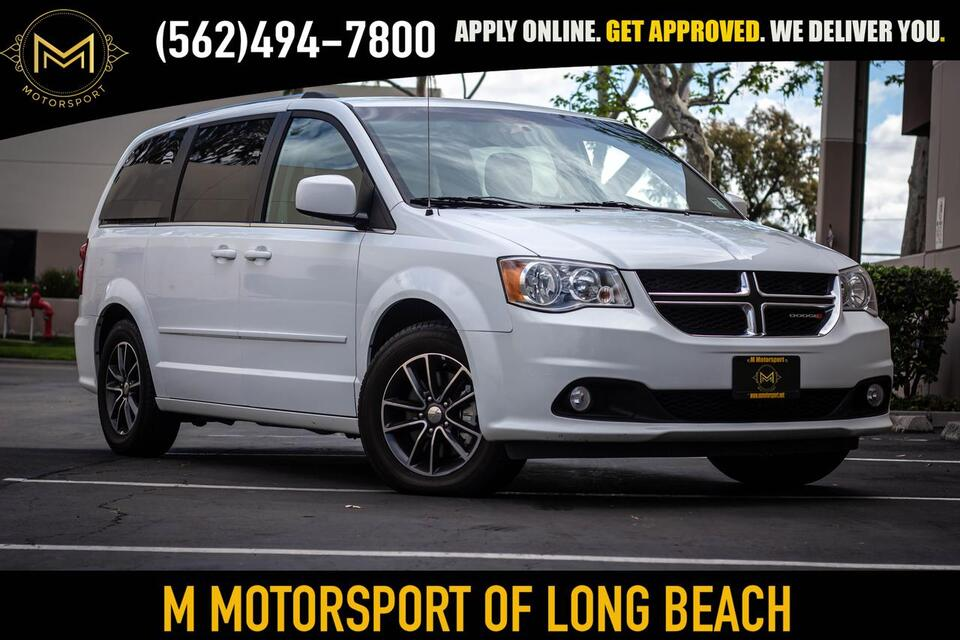 2017_Dodge_Grand Caravan Passenger_SXT Minivan 4D_ Long Beach CA
