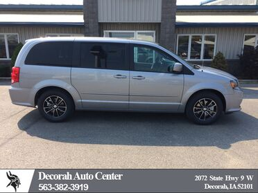 2017_Dodge_Grand Caravan_SE Plus_ Decorah IA