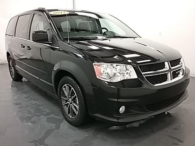 vehicle details 2017 dodge grand caravan at crown. Black Bedroom Furniture Sets. Home Design Ideas