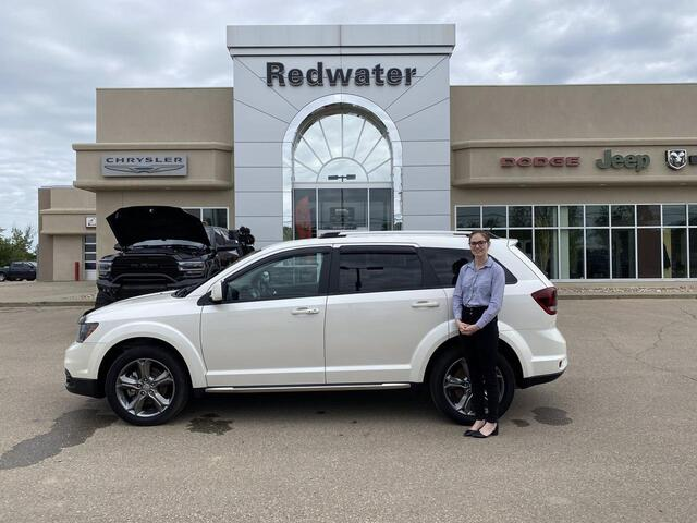 2017 Dodge Journey Crossroad - AWD - 3.6L V6 - Heated Leather Seats - Sunroof - Navigation - One Owner - Low Low Kms Redwater AB