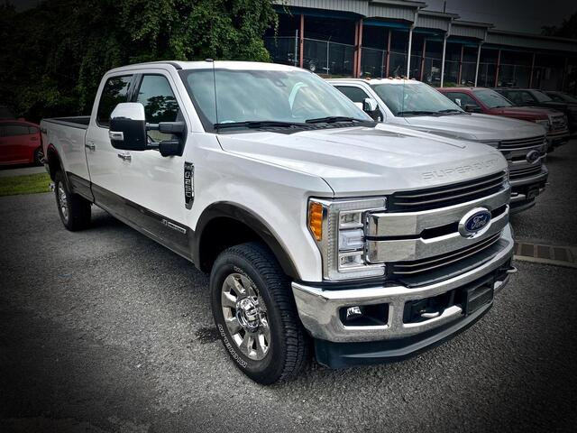 2017_FORD_F250 CREW CAB 4X4_ULTIMATE KING RANCH_ Bridgeport WV
