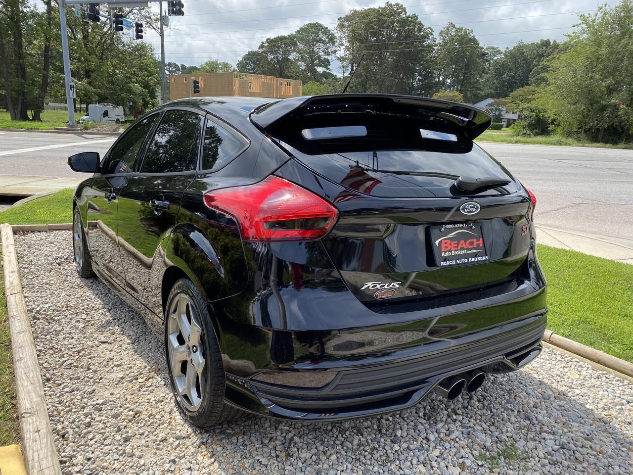 2017 FORD FOCUS ST, WARRANTY, MANUAL, BLUETOOTH, BACKUP CAM, PARKING SENSORS, CLEAN CARFAX, 1 LOCAL OWNER! Norfolk VA