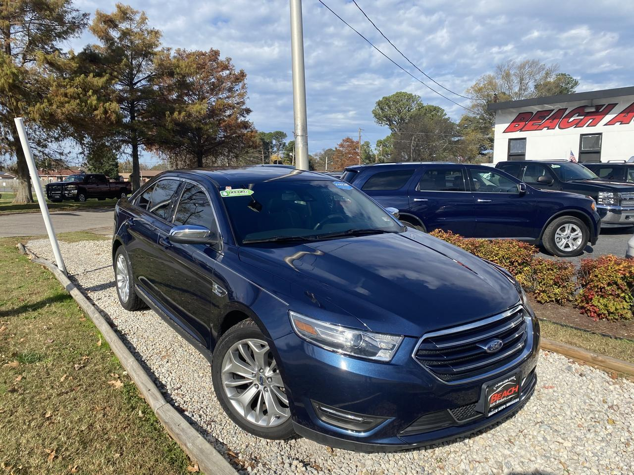 2017 FORD TAURUS LIMITED, WARRANTY, LEATHER, NAV, SUNROOF, HEATED/COOLED SEATS, BLUETOOTH, CLEAN CARFAX! Norfolk VA