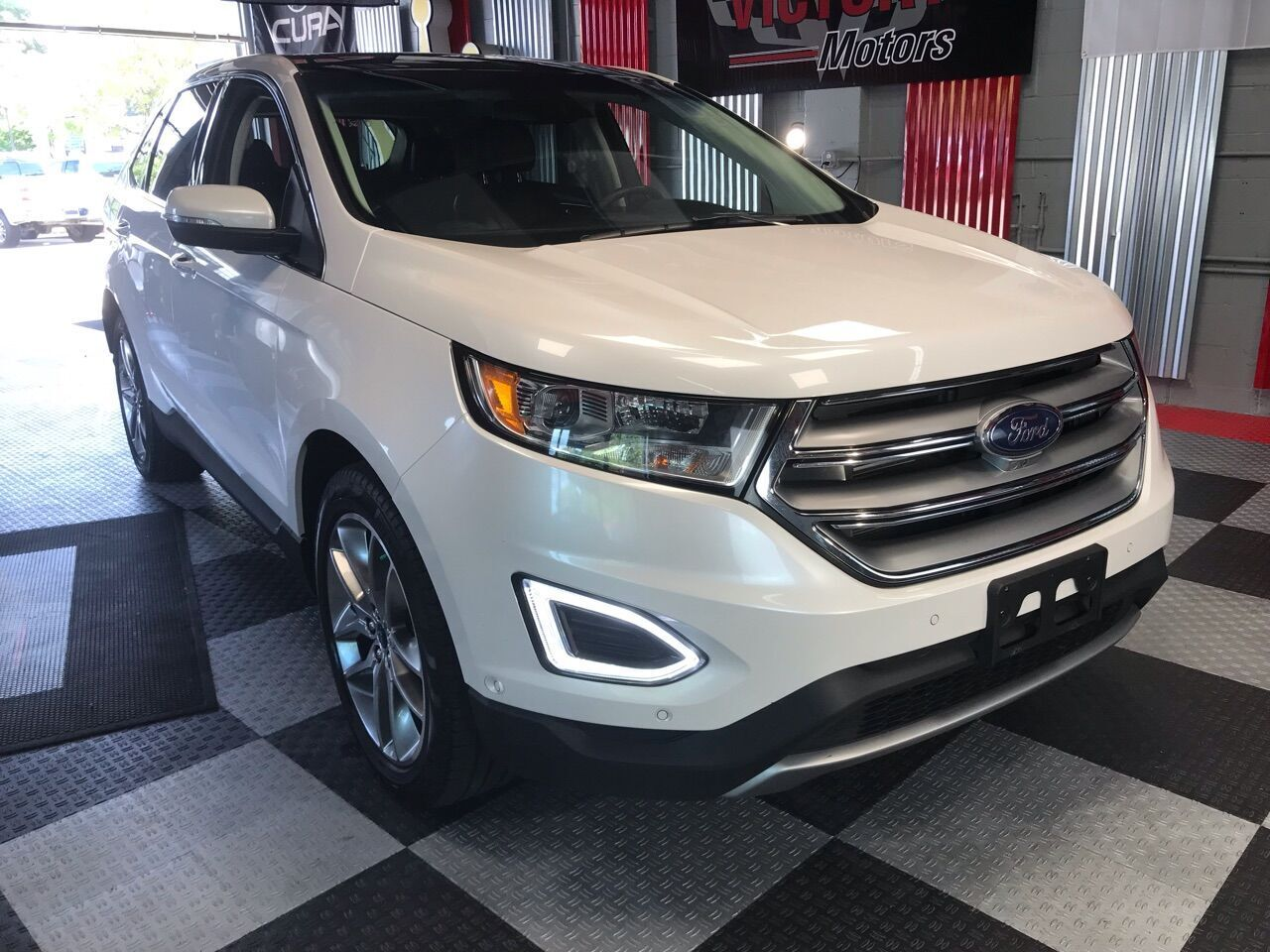 2017 Ford Edge Titanium AWD 4dr Crossover Royal Oak MI