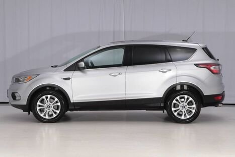 2017_Ford_Escape 4WD_SE_ West Chester PA