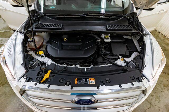 2017 Ford Escape AWD SE Leather Roof Nav BCam Red Deer AB
