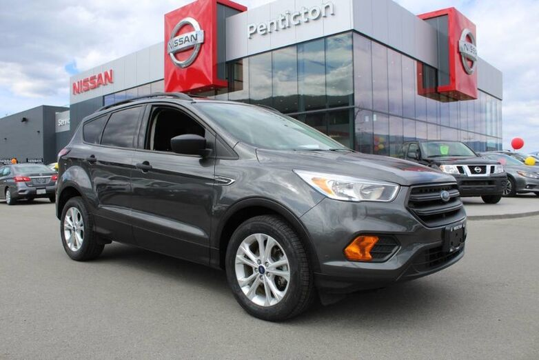 2017 Ford Escape FWD, S, w/ Bluetooth, No Accidents and Good Fuel Efficiency Kelowna BC