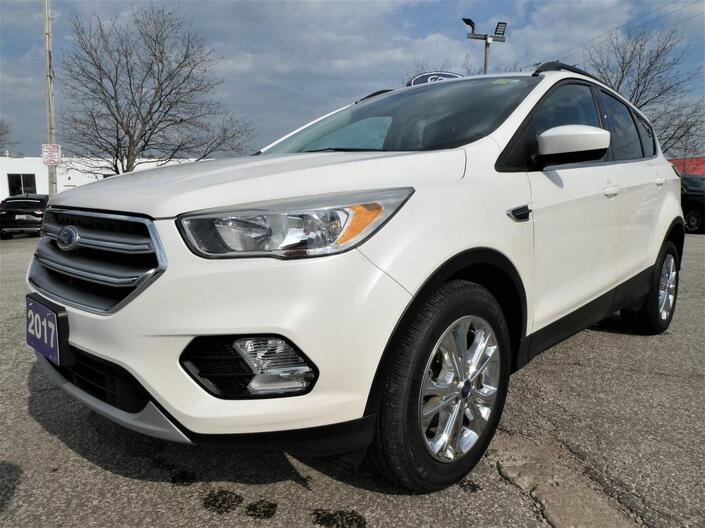 2017 Ford Escape *SALE PENDING* SE | Heated Seats | Remote Start | Back Up Cam Essex ON