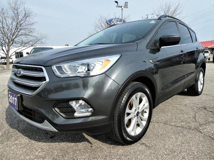 2017 Ford Escape *SALE PENDING* SE | Navigation | Heated Seats | Back Up Cam Essex ON