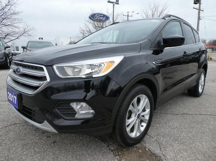 2017 Ford Escape SE | Back Up Cam | Heated Seats | Cruise Control Essex ON