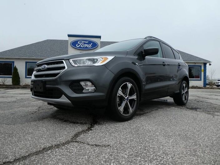 2017 Ford Escape SE- LEATHER- NAVIGATION- HEATED SEATS- BACKUP CAM Essex ON