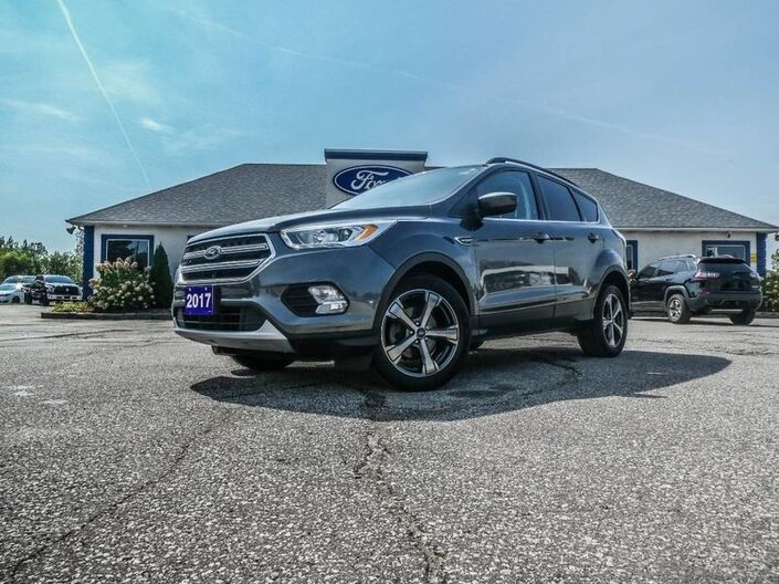 2017 Ford Escape SE- NAVIGATION- HEATED SEATS- BLUETOOTH- BACKUP CAMERA Essex ON