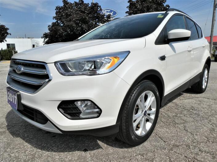 2017 Ford Escape SE | Navigation | Heated Seats | Back Up Cam Essex ON