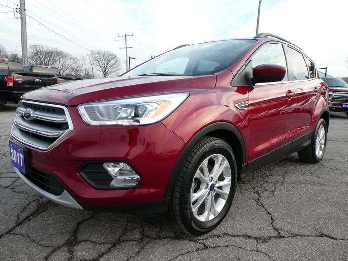 2017 Ford Escape SE | Navigation | Heated Seats | Back Up Cam Essex ON