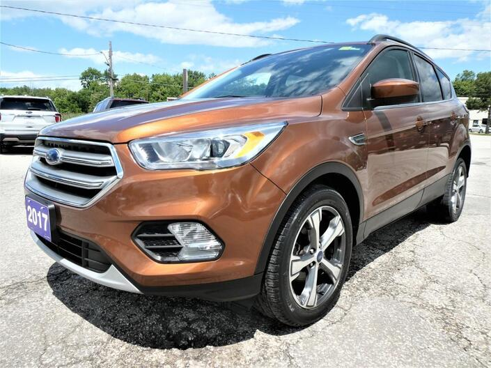2017 Ford Escape SE | Power Lift Gate | Leather | Heated Seats Essex ON