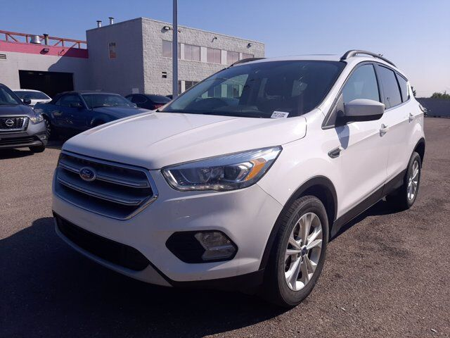 2017 Ford Escape SE  4WD   ECOBOOST   B-UP CAM Calgary AB