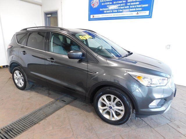 2017 Ford Escape SE 4WD SUNROOF Listowel ON