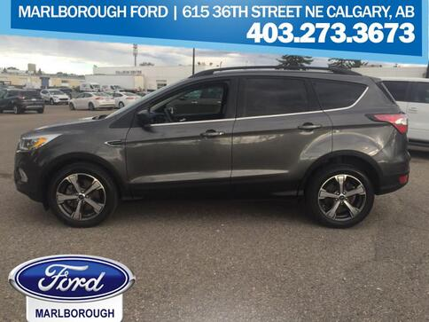 2017_Ford_Escape_SE_ Calgary AB