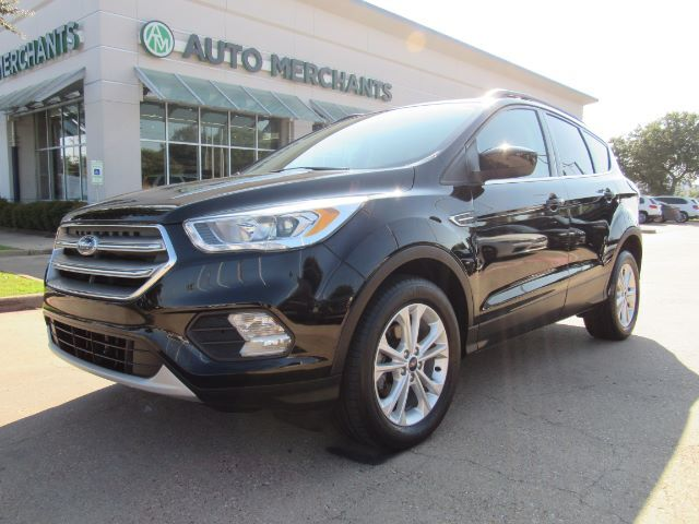 2017 Ford Escape SE FWD. NAVI, APPLE CAR PLAY/ANDROID AUTO, BACKUP CAM, BLIND SPOT, BLUETOOTH, CROSS TRAFFIC Plano TX
