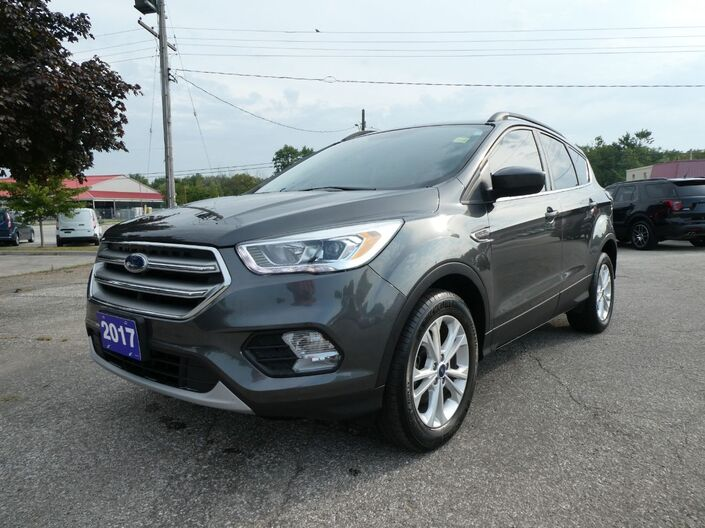 2017 Ford Escape SE Heated Seats Navigation Power Lift Gate Essex ON
