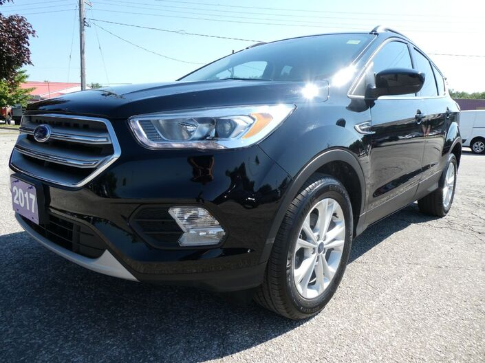 2017 Ford Escape SE Navigation Heated Seats Big Screen Essex ON