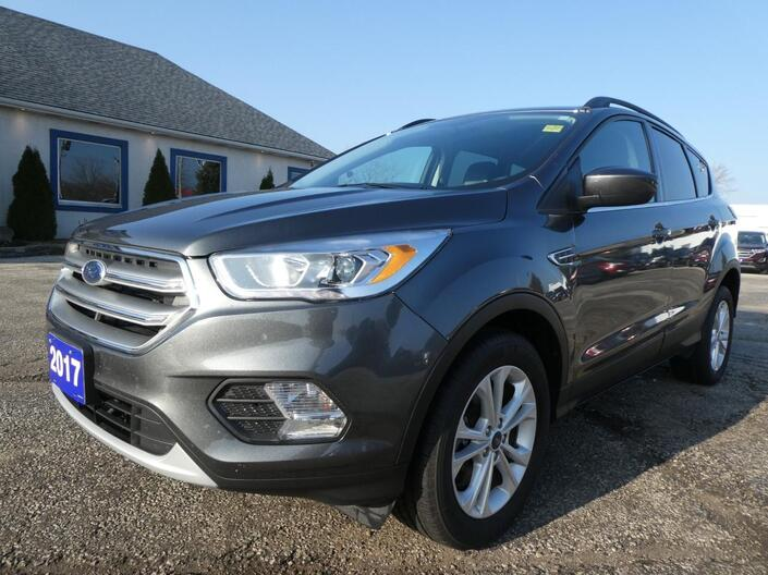 2017 Ford Escape SE Navigation Heated Seats Power Lift Gate Essex ON