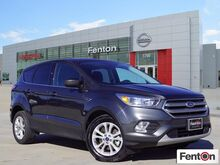 2017_Ford_Escape_SE_