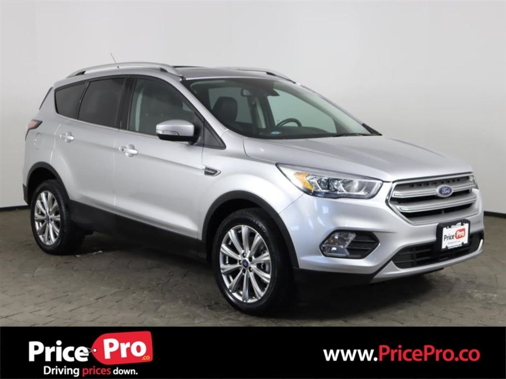 2017 Ford Escape Titanium 4WD Ecoboost w/Nav/Pano Roof Maumee OH
