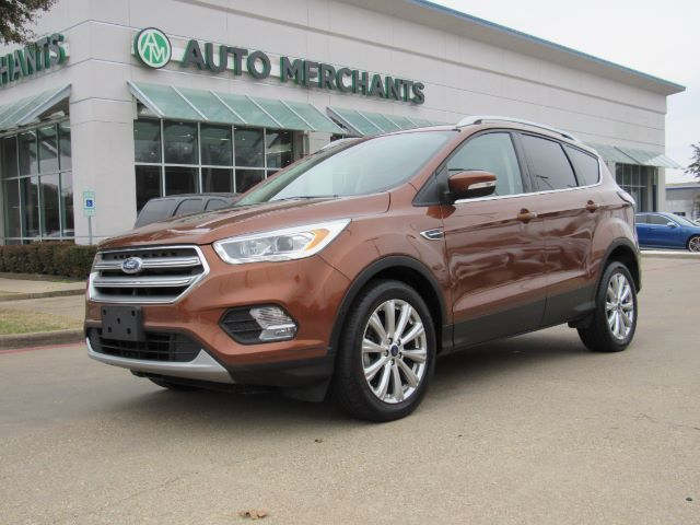 2017 Ford Escape Titanium FWD Panoramic Roof , Leather, Automatic Parking, Rev Camera, Blind Spot Monitor, Bluetooth Plano TX