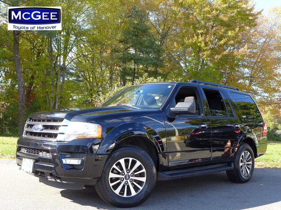 2017_Ford_Expedition_XLT 4x4_ Hanover MA
