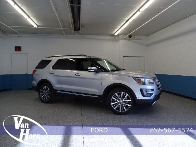 2017 Ford Explorer Platinum Plymouth WI