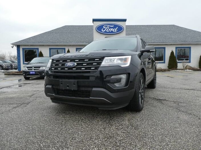 2017 Ford Explorer XLT - REMOTE START - HEATED SEATS - NAVIGATION - PANORAMIC ROOF Essex ON