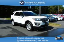 2017 Ford Explorer XLT ** GUARANTEED FINANCING ** ONE OWNER **