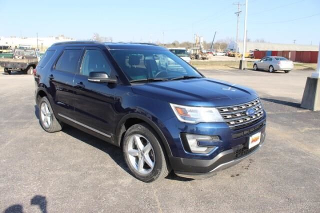 2017 Ford Explorer XLT 4WD Fort Scott KS
