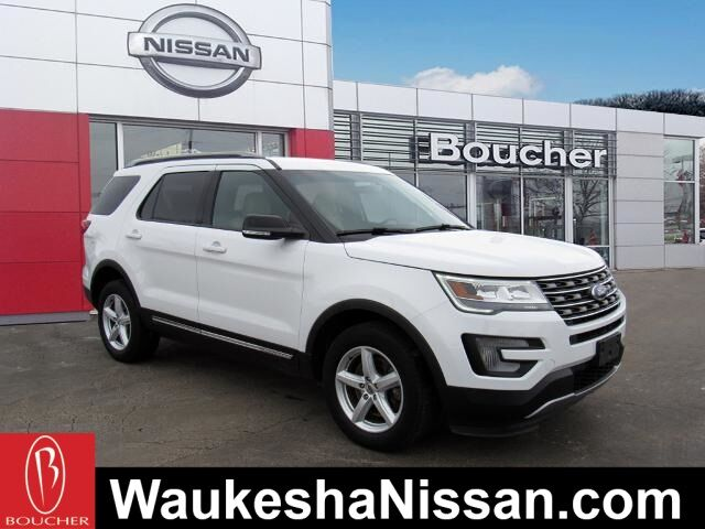 2017 Ford Explorer XLT 4WD Waukesha WI
