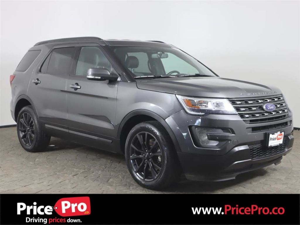 2017 Ford Explorer XLT Appearance Package 4WD V6 w/Navigation/Heated Seats Maumee OH